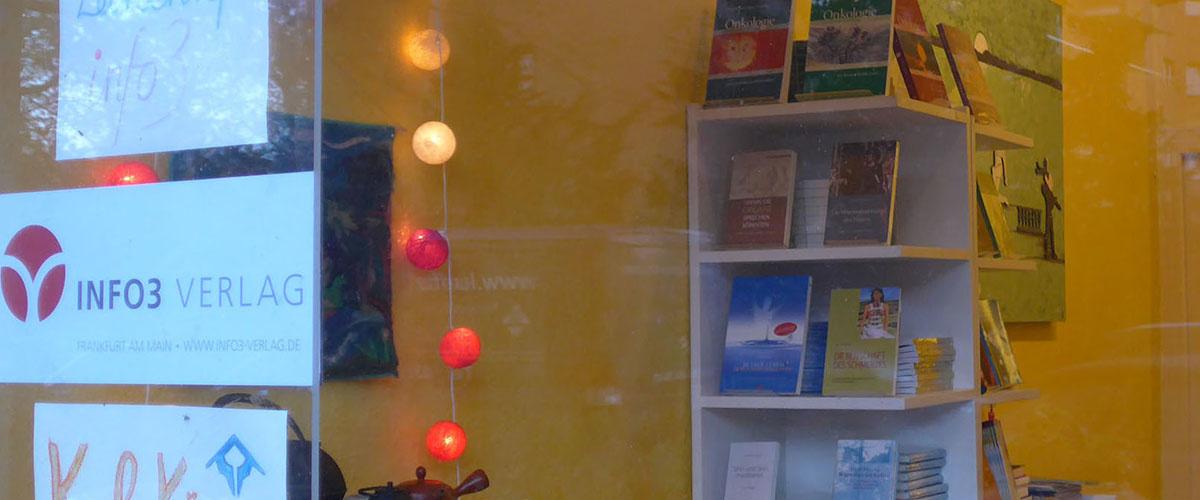 Info3 Bücherfenster Berlin