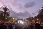 Der Katalonien-Konflikt hat eine lange Geschichte. Am 10. Oktober 2017 verfolgen Katalanen in Barcelona die Ansprache des katalanischen Präsidenten. – Foto: © curto / Fotolia.com